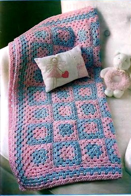 Одеяло из квадратных мотивов