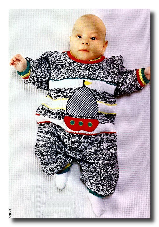 Вязаный комбинезон для малыша