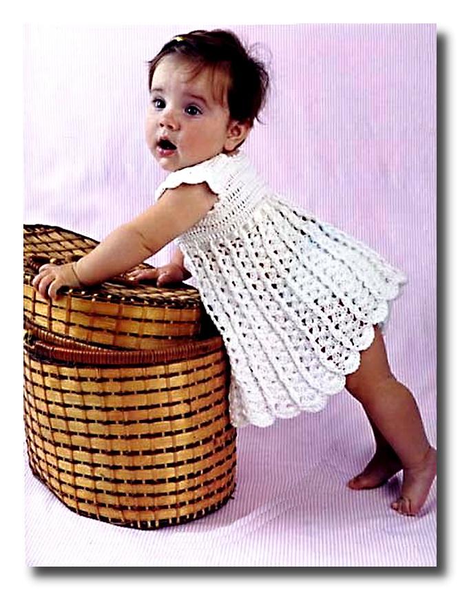 Ажурные вязаные платья для девочек крючком
