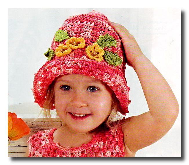 Вязание крючком шляпки с цветками