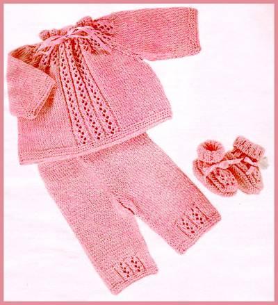 """Костюм для новорожденного  """"Розовое чудо """".  Вязание для малышей.  МАТЕРИАЛЫ: 250 г тонкой акриловой пряжи розового..."""