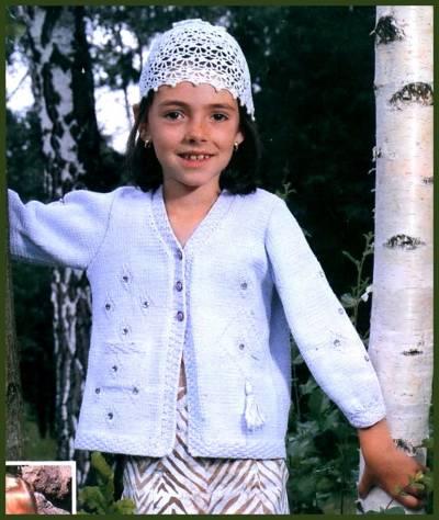 Для вязания использованы не сложные узоры, но главное в особенной нарядности жакета - асимметричное расположение узоров. размер 122. Шапочка для девочки 6-7